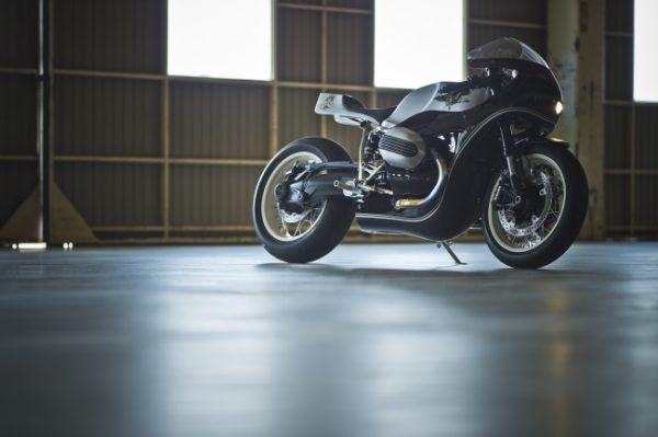 BMW R9Tカスタムプロジェクトでヒデモーターサイクルが製作したカスタム車両です。