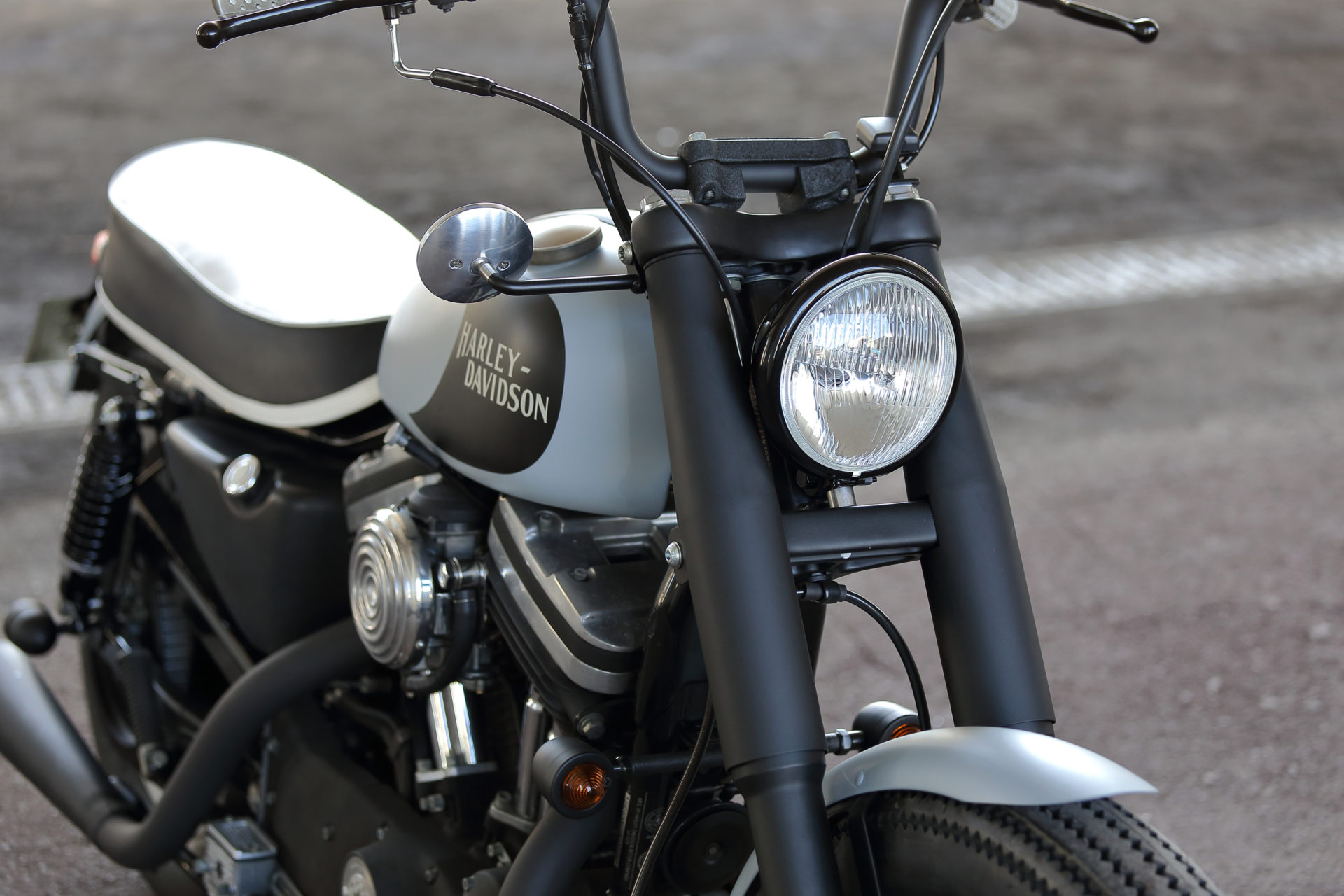 SPORTSTER CUSTOM SP-100