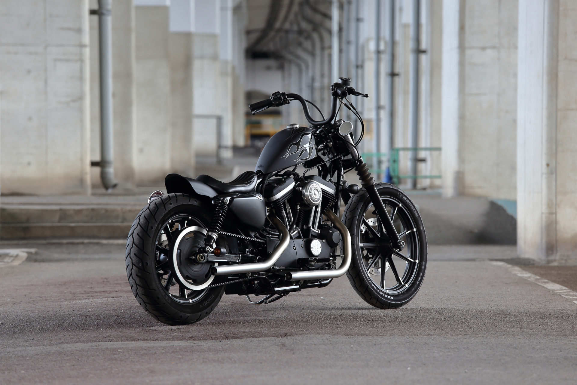 SPORTSTER CUSTOM SP-105
