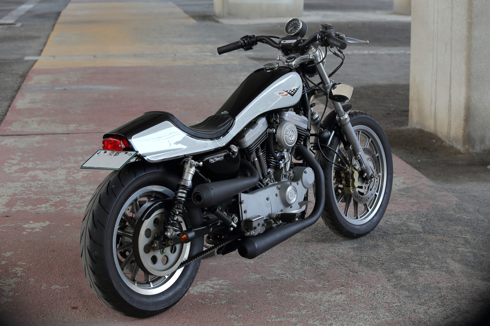 SPORTSTER CUSTOM SP-107