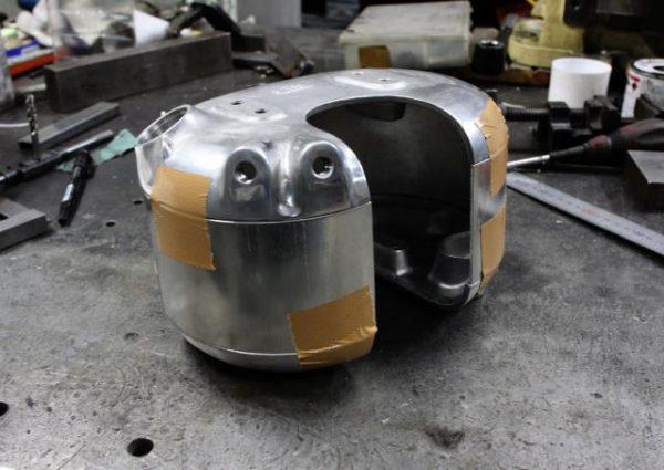 スポーツスターのオイルタンク製作etc 2(2006年XL883R)